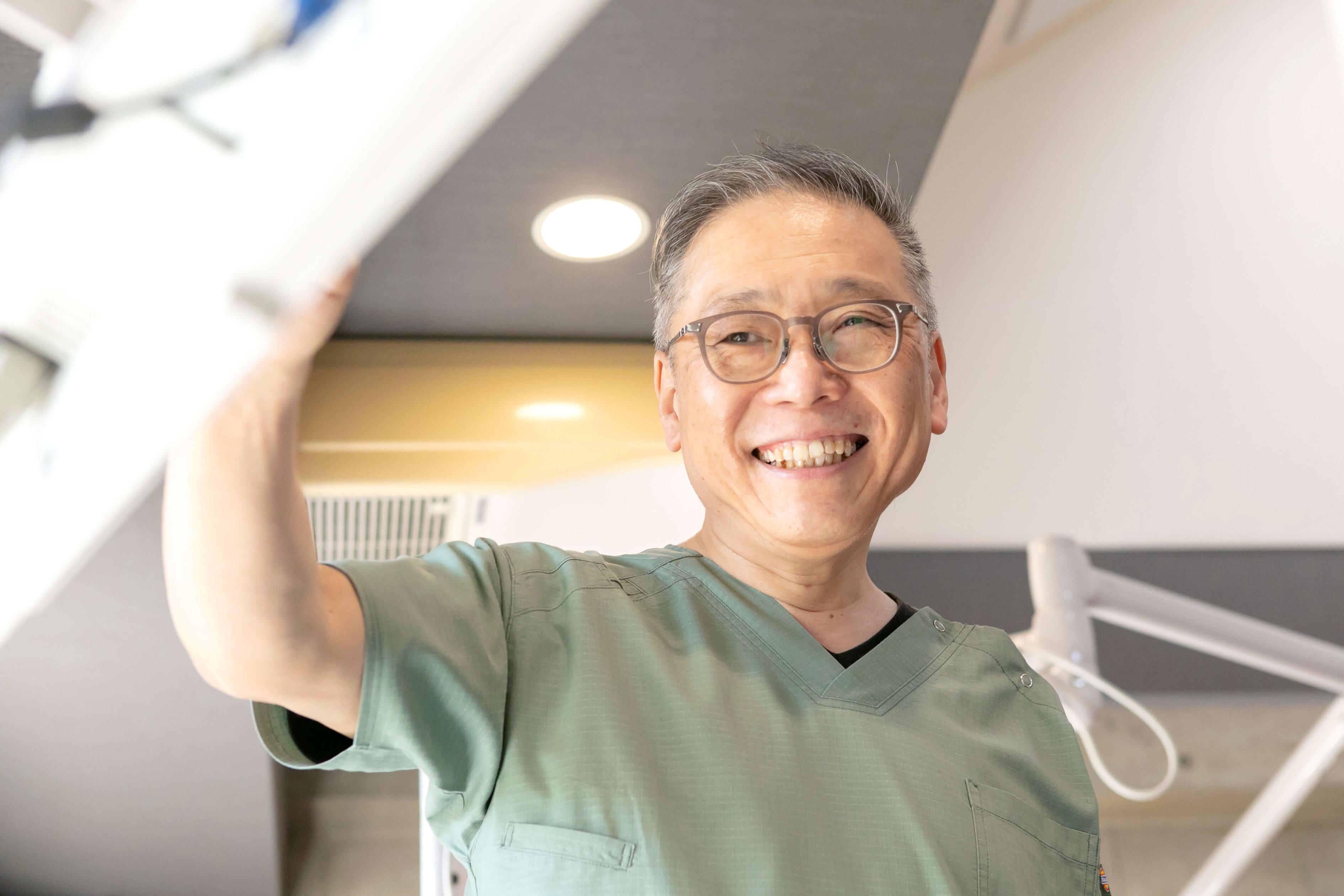 内田歯科医院 院長 内田彰一郎